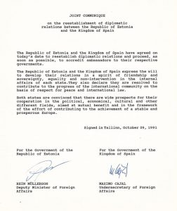 Diplomaatiliste suhete taastamise ühiskommünikee. Foto: välisministeeriumi arhiiv